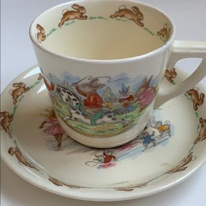 Vintage Dining - 🐰Royal Doulton Bunnykins teacup and saucer set